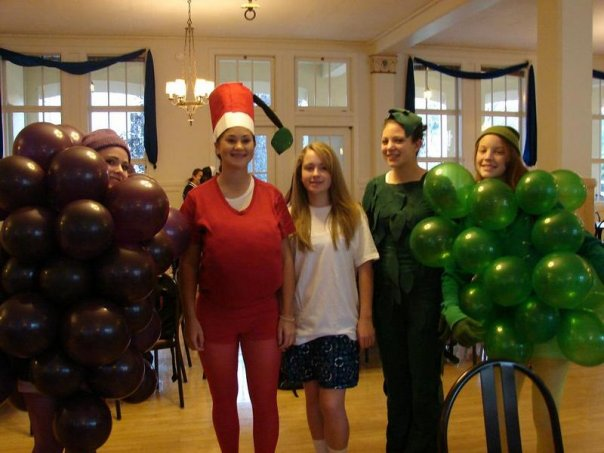 Dressing up as Fruit of the Loom was cool. Thanks to Angela Scherba '08 for the picture.